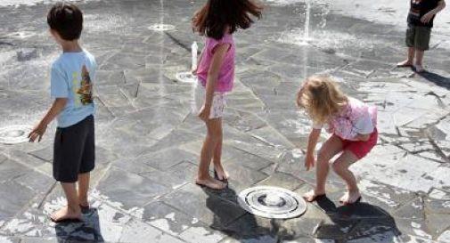 In Olanda bambini liberi di giocare all'aperto, stop a distanziamento