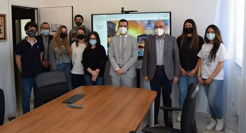 Il Rotary di Montebelluna dona un monitor di ultima generazione al CFP di Fonte