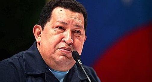 Chavez non può giurare, il Parlamento gli concede tempo per riprendersi