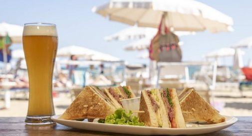 Golosa gara tra i chioschi di Jesolo per decidere chi fa il Club Sandwich migliore