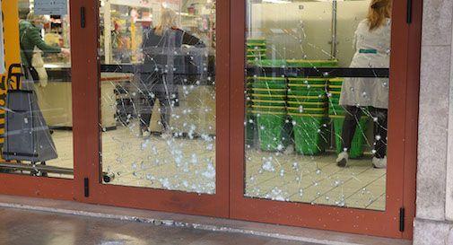 esplosione supermercato Pam
