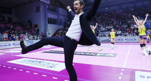 coach Daniele Santarelli