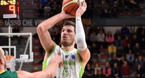 Brescia tessera con un contratto mensile Daniele Magro