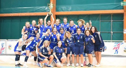 La Nazionale Pallavolo Sordi festeggia la medaglia d'argento