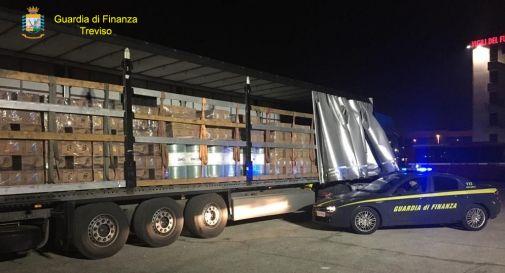 Scoperte 240 tonnellate di olio motore di contrabbando