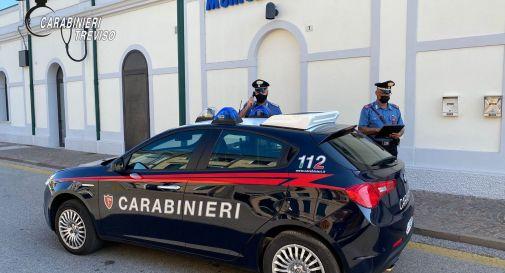 Carabinieri in stazione