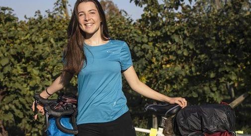 In bicicletta da Roma a Monastier: il viaggio di Anna in solitaria