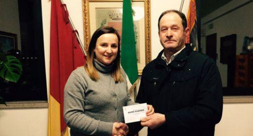 I paracadutisti donano 1000 euro alle famiglie bisognose
