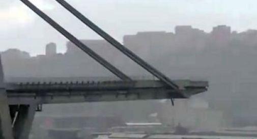 Crolla ponte a Genova: almeno 20 morti, c'è anche un bimbo