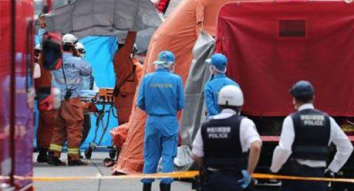 Giappone, accoltella studentesse a fermata bus: morta 12enne e papà