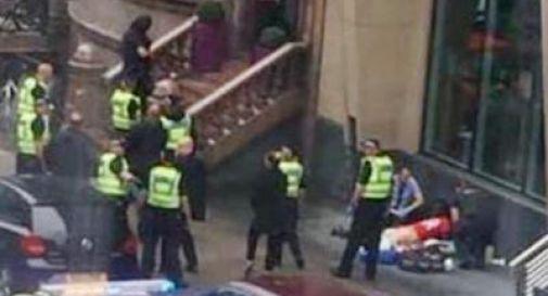 Glasgow, tre morti in attacco con coltello