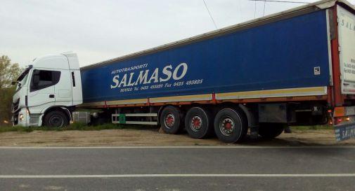 il camion via Sant'Antonino