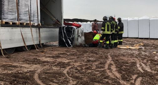 camionista muore schiacciato