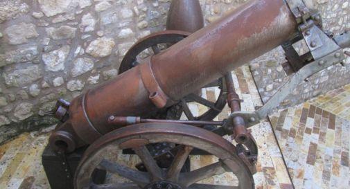 I cannoni del museo della Battaglia rimarranno sotto la pioggia