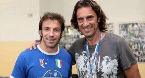 Andrea Vidotti, a destra, con l'ex calciatore Alessandro Del Piero