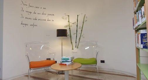 Il nuovo corner della biblioteca comunale di Casier dedicato al benessere psicofisico delle donne