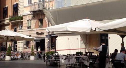 Esplosione al bar Ciampini nel cuore di Roma, muore un dipendente
