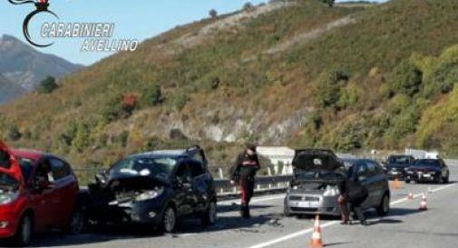 Investiti e scaraventati giù da un ponte, morti due uomini