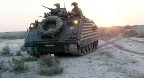 Esplode ordigno, gravi tre militari italiani