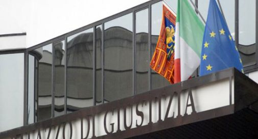 Vende dose a moglianese: arrestato