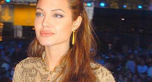 Tumore al seno, muore zia materna di Angelina Jolie.
