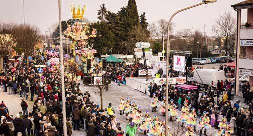 In 22mila per le sfilate dei Carnevali di Marca