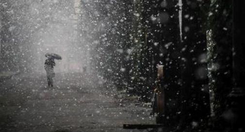 Neve a bassa quota e temporali, scatta l'allerta meteo