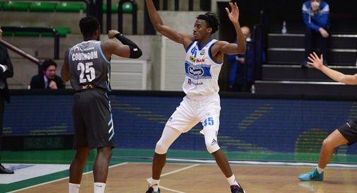 Nicola Akele vs Cremona