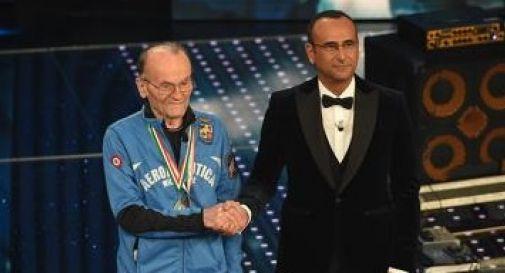 Giuseppe Ottaviani con il presentatore Carlo Conti