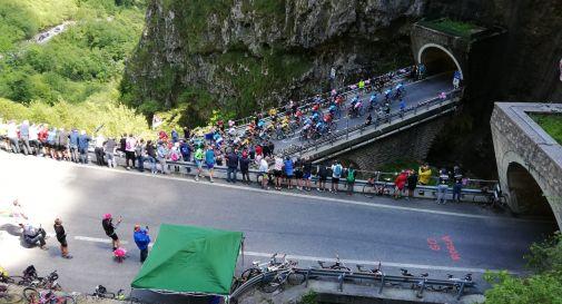 il passaggio del Giro  al San Boldo (foto Rossella Rui)