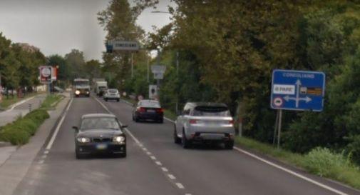 Camion con la marcia in folle finisce in mezzo alla statale