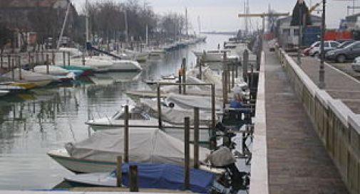 Cadavere in decomposizione trovato in canale a Venezia