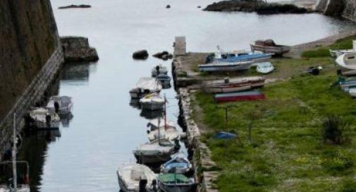 Grecia, scontro tra un motoscafo e una barca di turisti: 4 morti