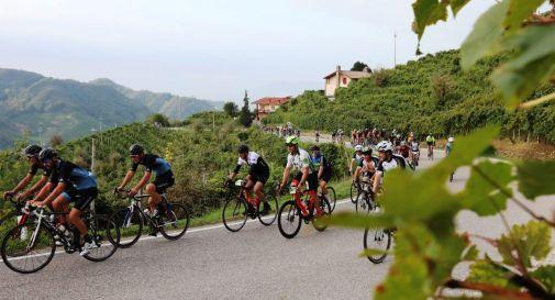 Prosecco Cycling, a Valdobbiadene la carica del 1.700