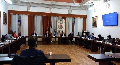 Rizzardo durante il consiglio comunale di Motta