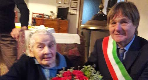 Auguri a Maria Bolzan per i suoi 100 anni. Ha gestito l'osteria