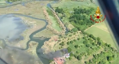 Incendio scoperto dall'elicottero dei Vigili del Fuoco