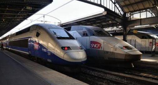 Francia, scontro tra un Tgv e un treno regionale: 17 feriti, 3 sono gravi