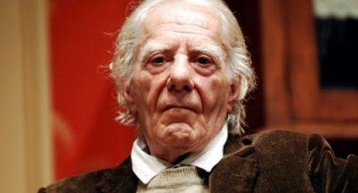 Morto a 100 anni l'attore Gianrico Tedeschi, esordì in un lager