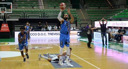Primo trionfo per Treviso Basket: demolita Trento