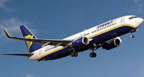 Volo troppo basso danneggia il tetto di una casa, Ryanair dovrà risarcire famiglia di Quinto