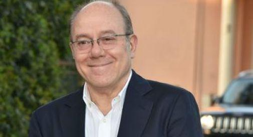 Carlo Verdone si opera: