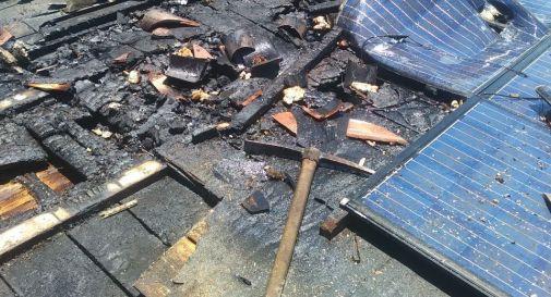 Soligo, a fuoco il tetto di un'abitazione