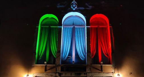 il tricolore del municipio