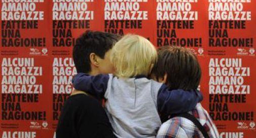 Torino, coppie di donne possono adottare i figli delle compagne