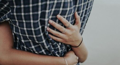 truffa dell'abbraccio