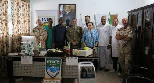"""Militari """"mottensi"""" donano macchinario ad ospedale africano"""