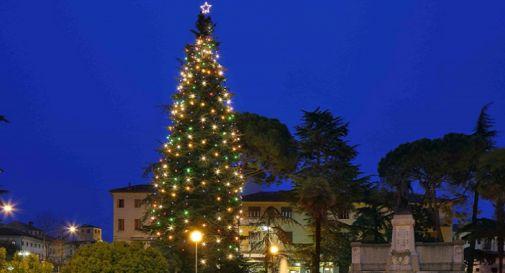 Natale, installate le luminarie a Conegliano