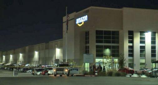 Neonato trovato morto in un cestino nei magazzini Amazon