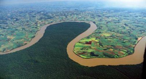 L'Amazzonia brucia, record di incendi